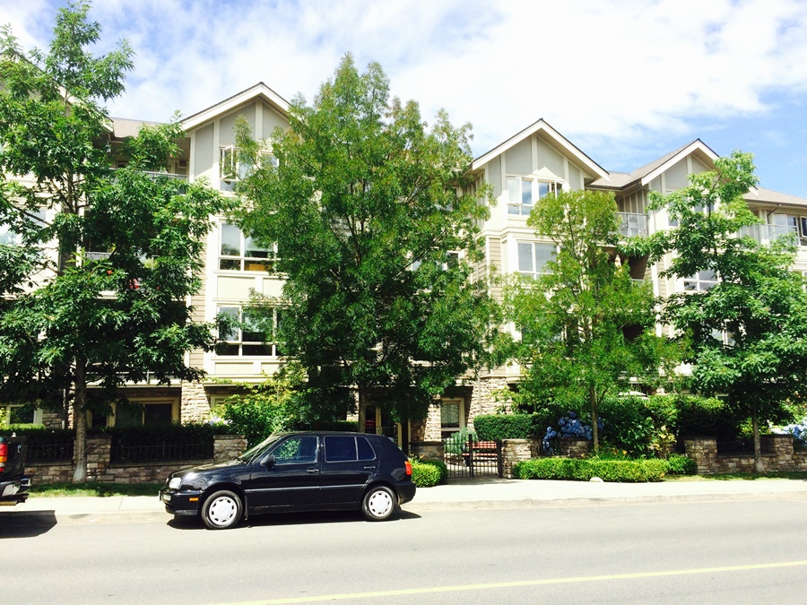 SOLD - 108-297 Hirst Ave W, Parksville $315,000