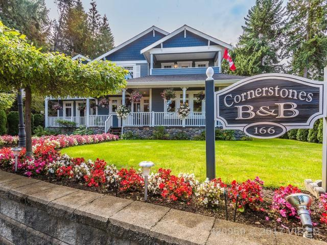 SOLD - 166 Harlech Road, Qualicum Beach $925,000