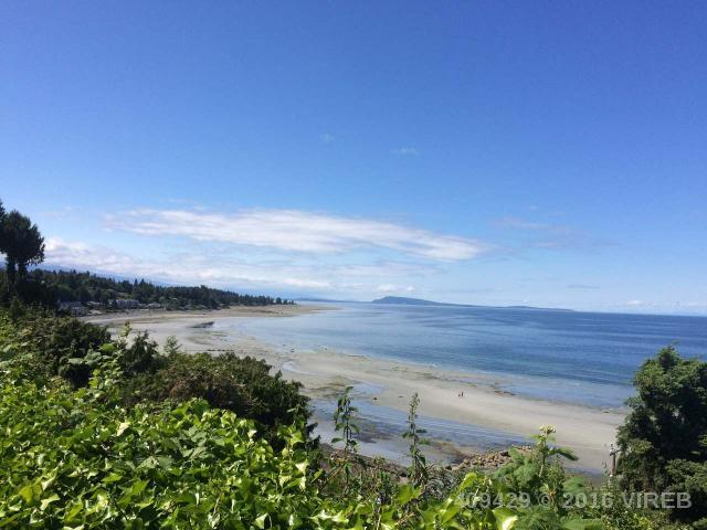 SOLD - 335 Poplar Ave, Qualicum Beach $865,000