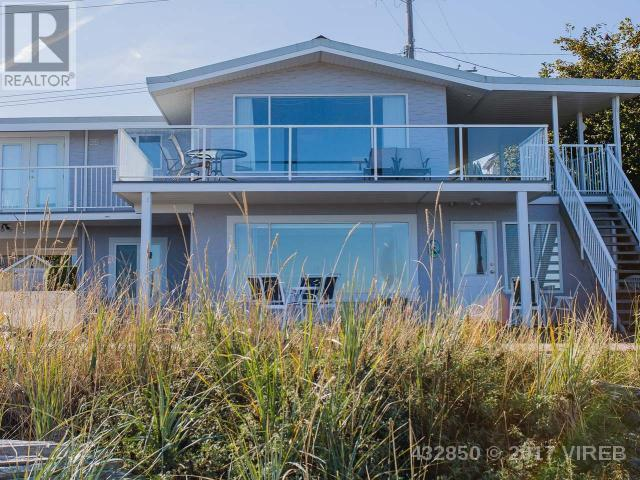 SOLD- 3267 Island Hwy W, Qualicum Beach $989,000