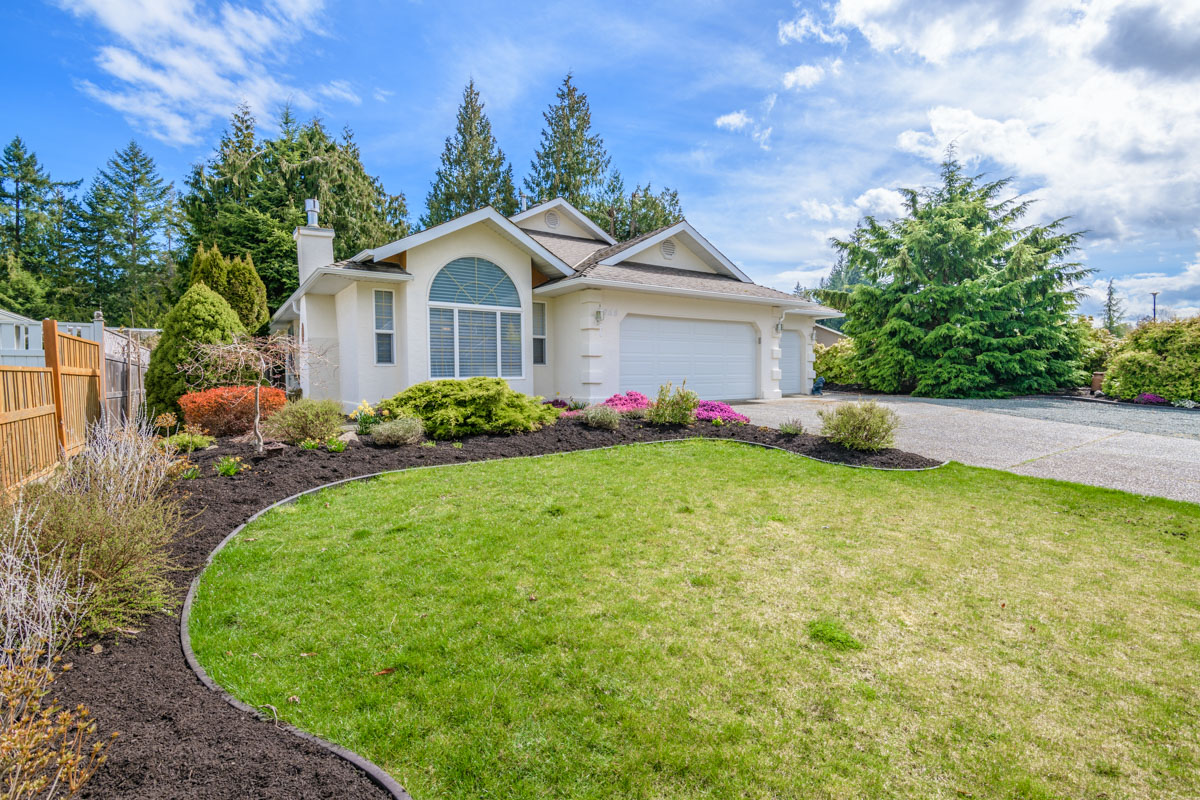 SOLD - #768 Chestnut Street, Qualicum Beach, British Columbia